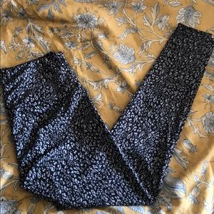 Super comfy Onzie leggings